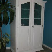 Deco Glass in Cabinet